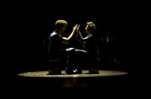 Málaga (España) 21/09/2017 El afamado grupo de percusión Mayumana, durante su actuación esta noche en el Teatro Cervantes. Foto: Daniel Pérez / Teatro Cervantes